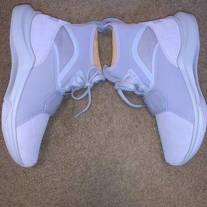 NIB Puma Phenom Sneakers Blue 8.5